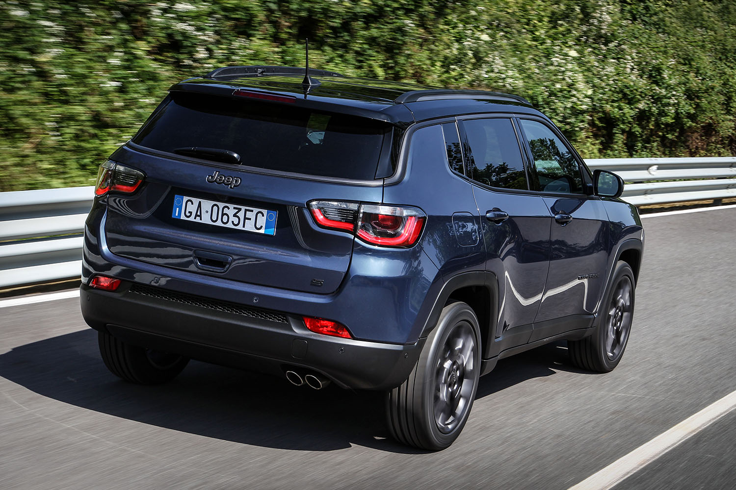 jeep compass night eagle 2020 achterkant
