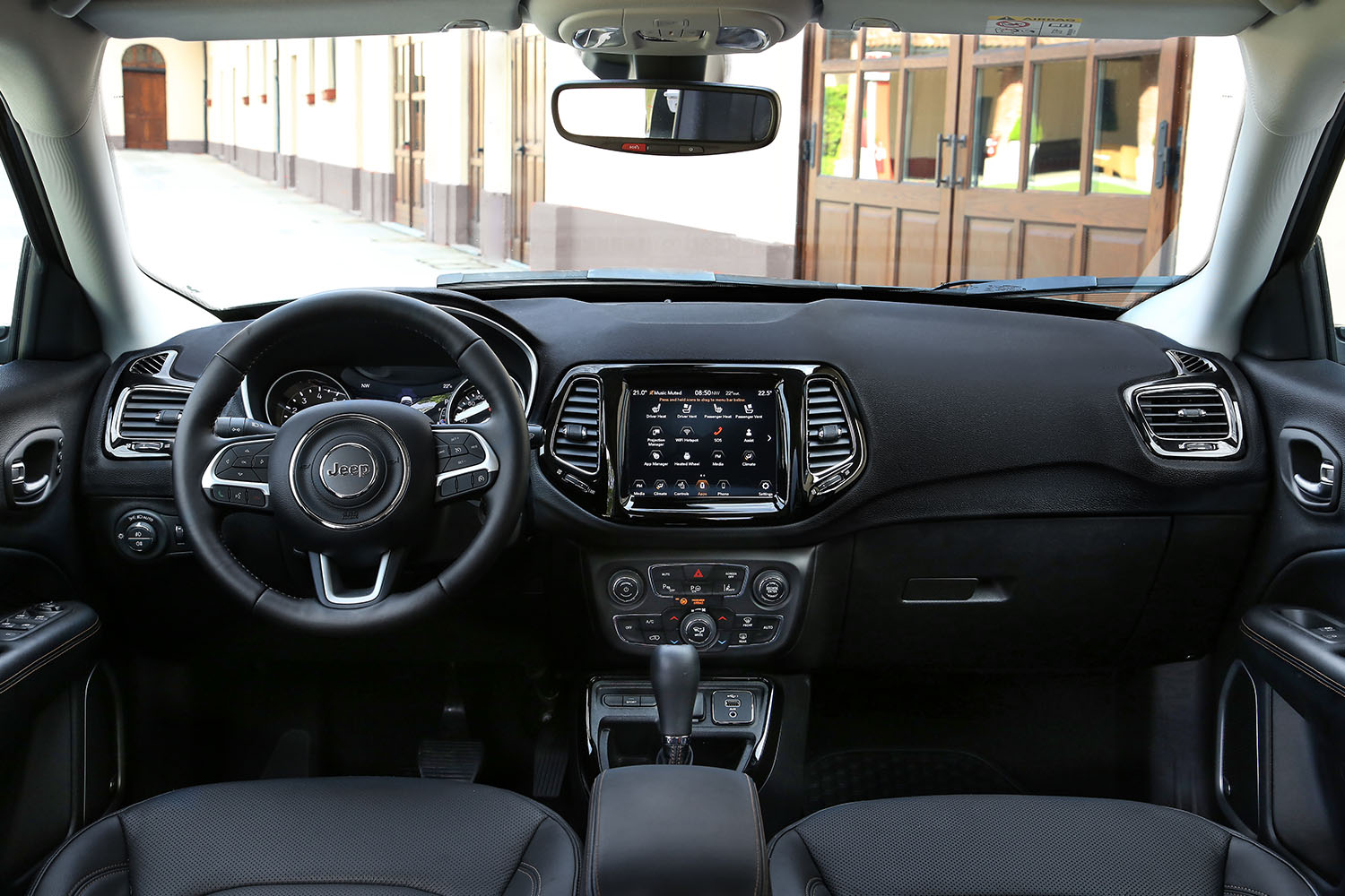 jeep compass night eagle 2020 interieur