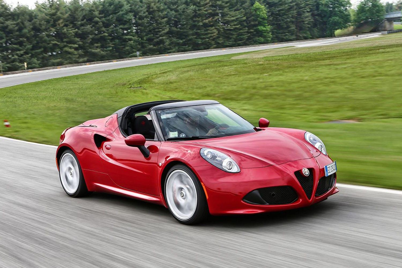 Alfa Romeo 4C Spider voorkant zijaanzicht