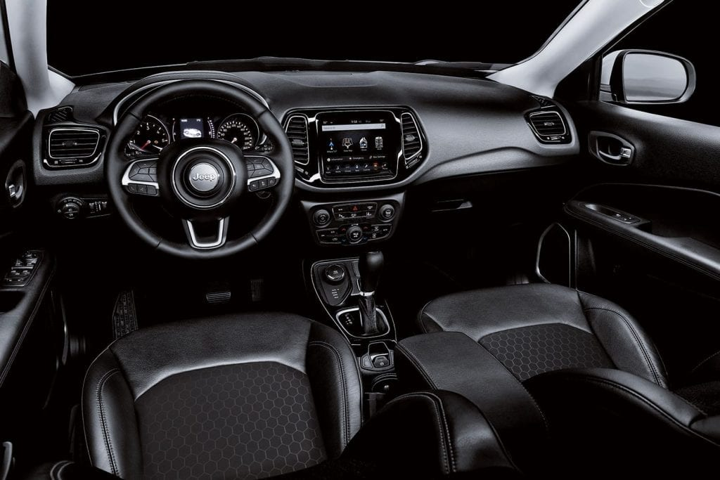 Jeep Compass Night Eagle interieur