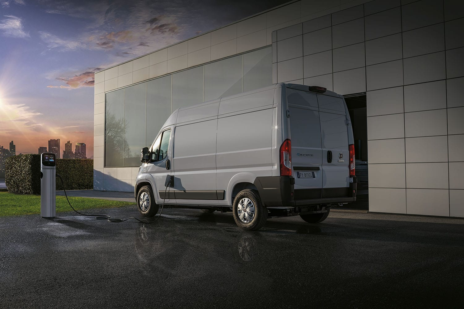 fiat e-ducato aan lader